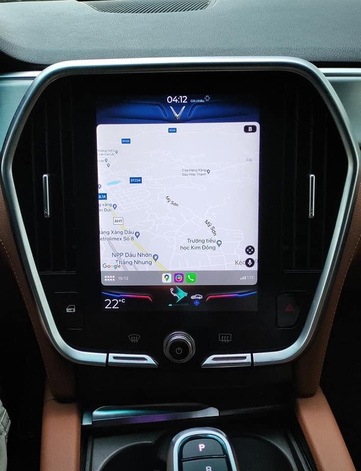 Cập nhật tính năng Apple CarPlay cho dòng xe VinFast LUX