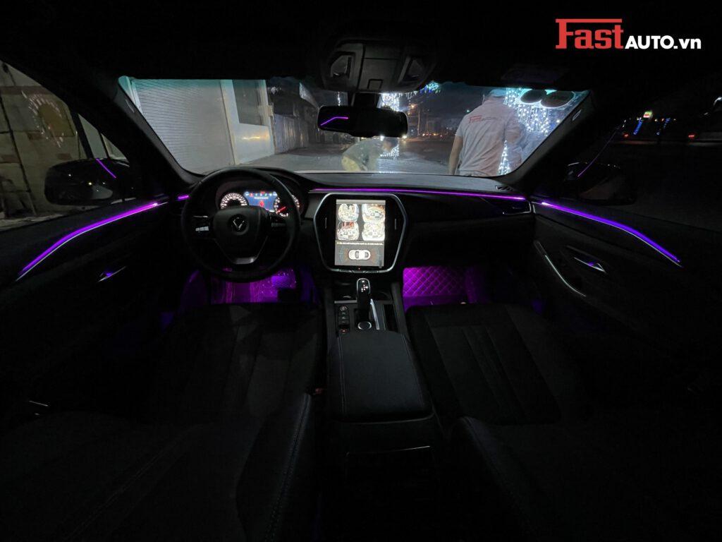 Đèn led viền nội thất xe Vinfast