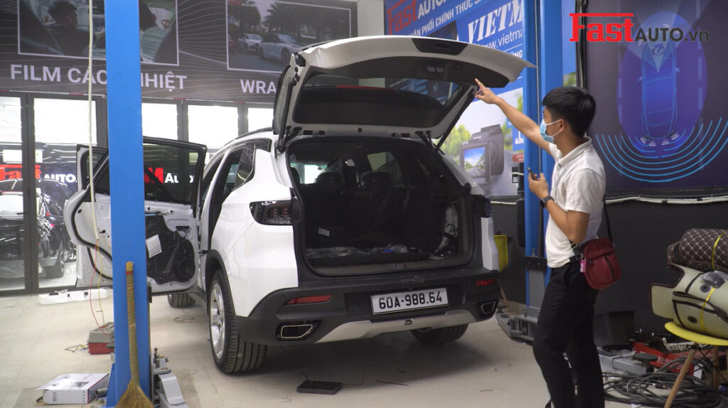 Độ cốp điện xe Vinfast Lux SA 2.0   Cốp điện Dr. Door